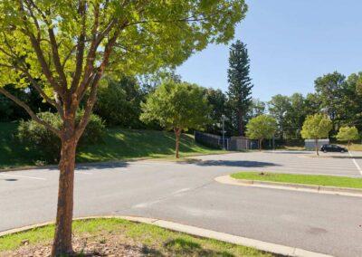 Kilmer Middle School, Fairfax County Public Schools (103′ Tree Pole)